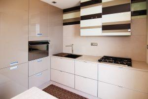Immagine di un progetto di interior design con dettaglio di una cucina moderna